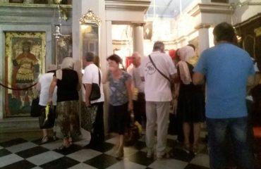 Pelerini de la Parohia Sfânta Sofia din București