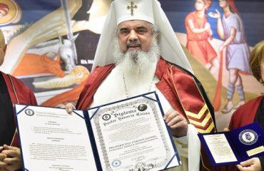 Patriarhul Daniel – Doctor Honoris Causa al Universităţii Titu Maiorescu