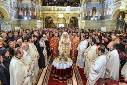 """Binecuvântare Patriarhală la Biserica """"Sfântul Elefterie"""" din Bucureşti"""