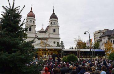 Peste 500 de pelerini Basilica Travel la Sfânta Parascheva de la Iași